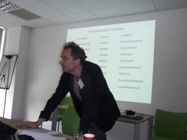 Dr Simon Susen